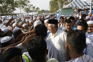jemaahtabligh 300x200 Jemaah Tabligh tercemar akibat nila setitik