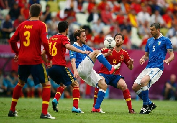 Italy vs Spain Euro 2012 Final : Spain vs Italy