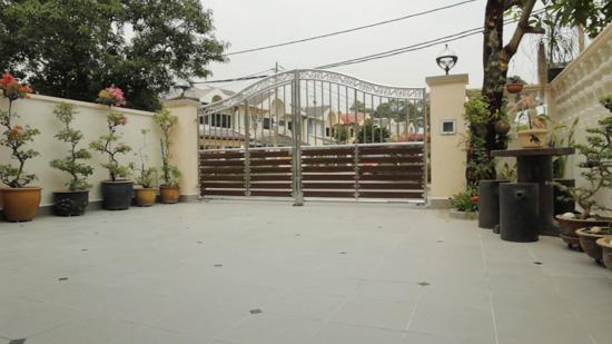 Porch selepas makeover oleh MML