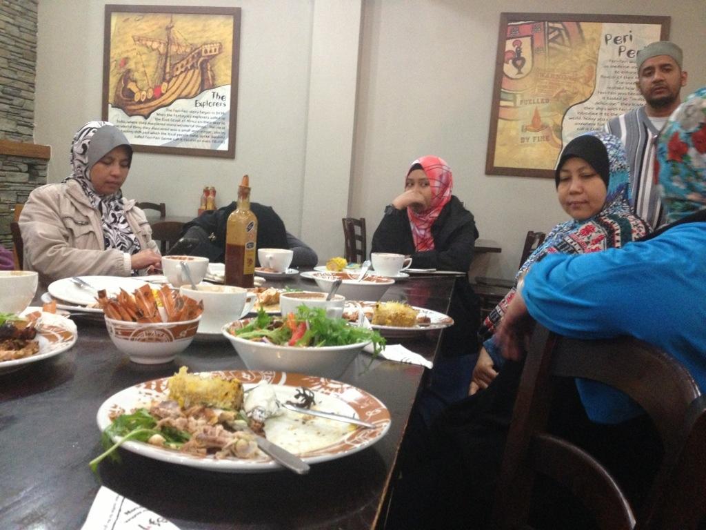 Makan di restoran nando's di rotorua new zealand