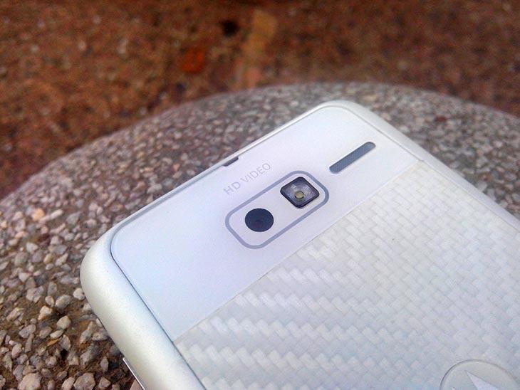 Fungsi kamera pada smartphone Motorola RAZR i