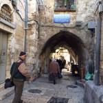 Laluan harian dalam kota baitulmuqadis