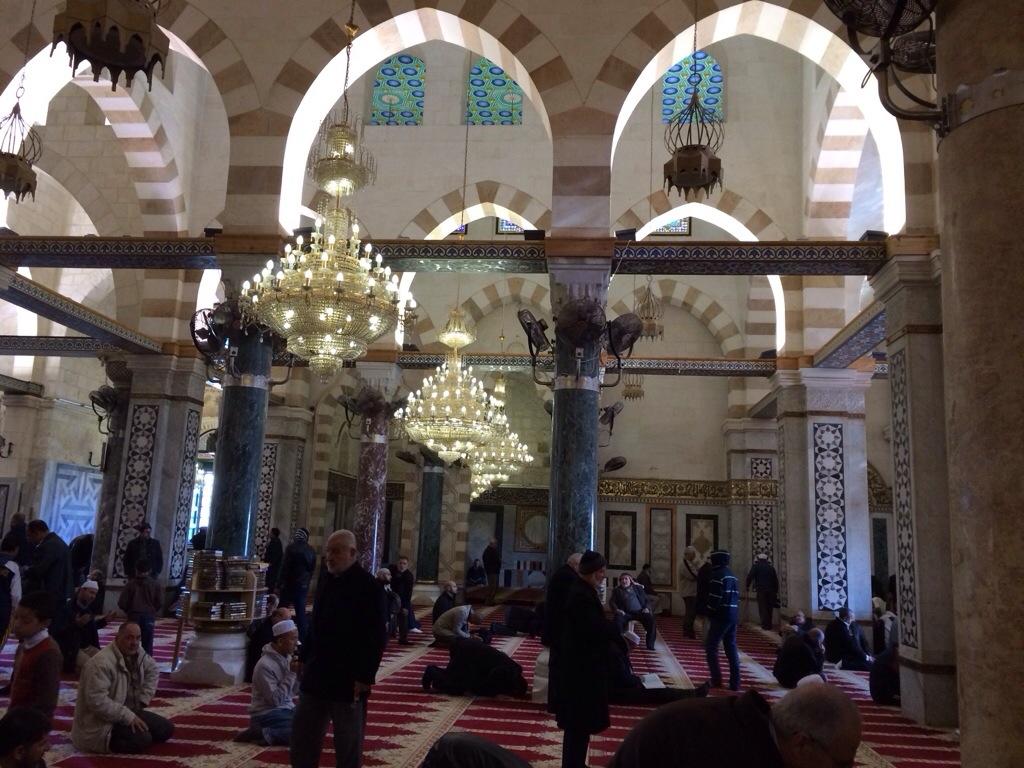 Dewan solat masjid al aqsa