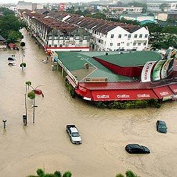 Hulurkan bantuan untuk banjir di Kuantan