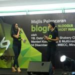 Marsha dan Sharifah Sakinah emcee Blogrrr Awards 2013