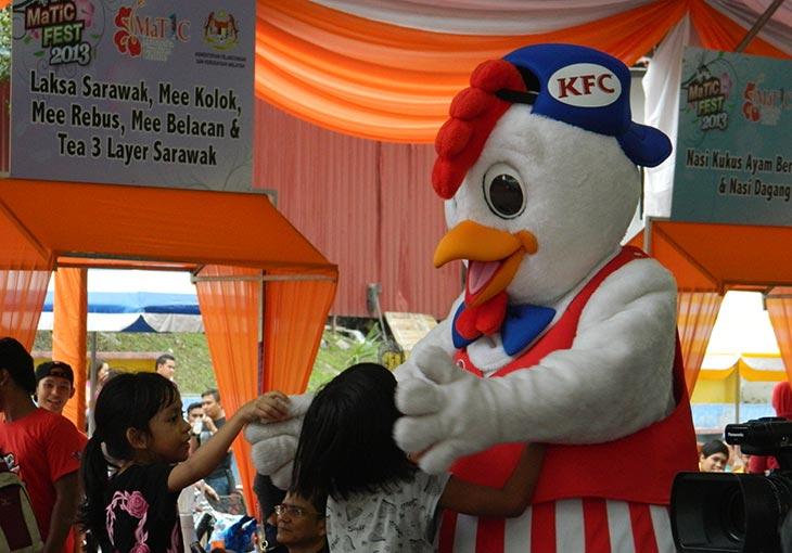 Chicky, Maskot KFC meraikan kanak-kanak di program MaTiC Fest 2013