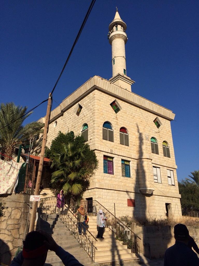 Masjid umat Islam di sebuah perkampungan dalam Israel