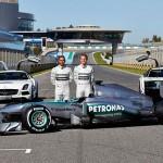 gambar perlumba team petronas-mercedes