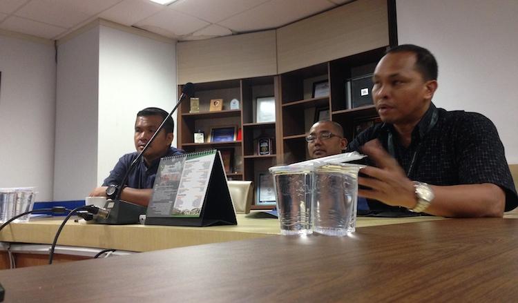 Lawatan ke Harian Fajar oleh kembara DPIM