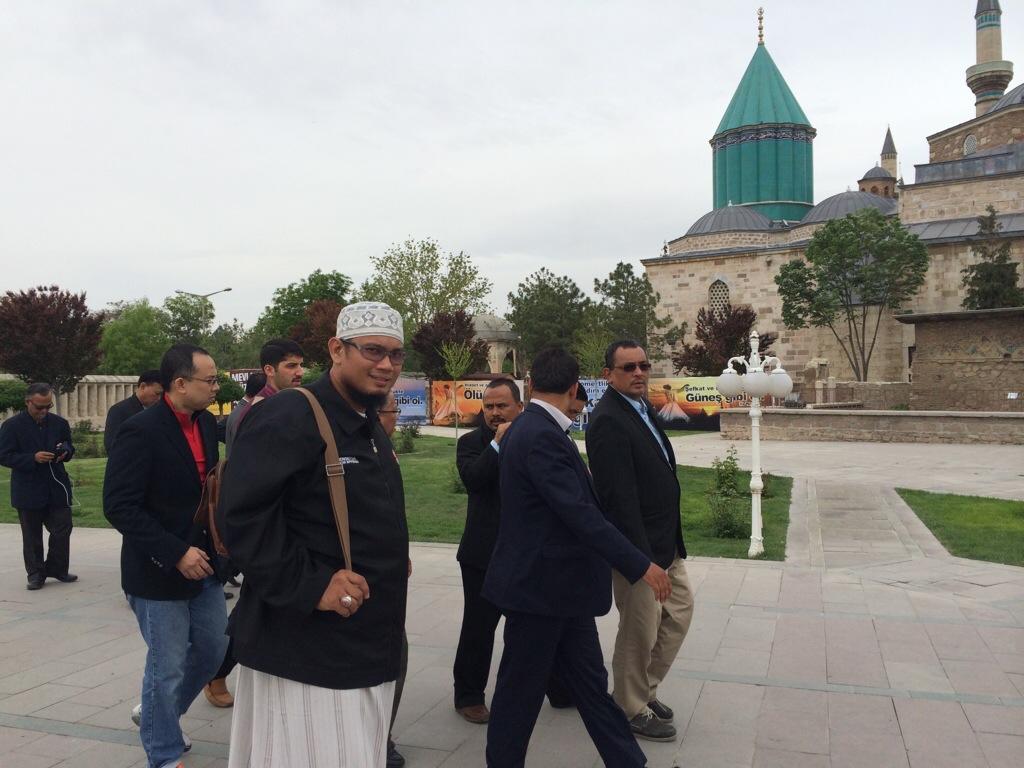 Kembara di Masjid Maulana Jalaluddin Muhammad Rumi