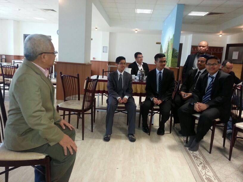 Pelajar Malaysia di MTS Konya bersama CEO Karangkraf