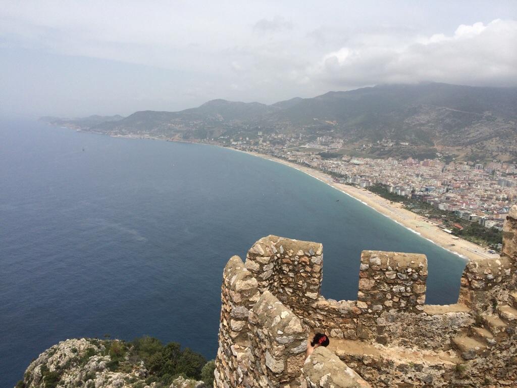 Pemandangan cantik Bandar Alanya dari Alanya Castle