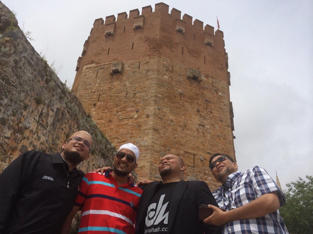 Red Tower Alanya Castle antara tempat tumpuan pelancong