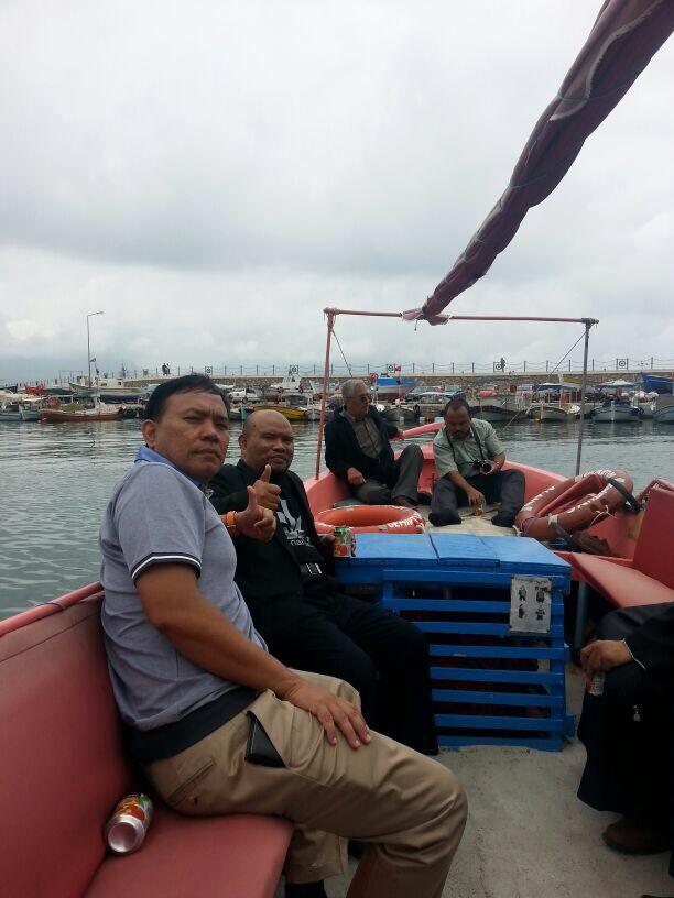 Mengelilingi persisiran pantai Alanya dengan boat