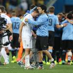 Luis Suarez penjaring Uruguay vs England