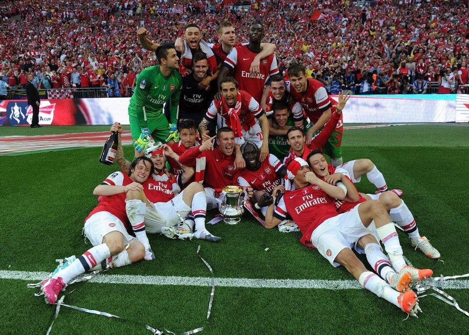 Arsenal bersama piala FA 2013/14