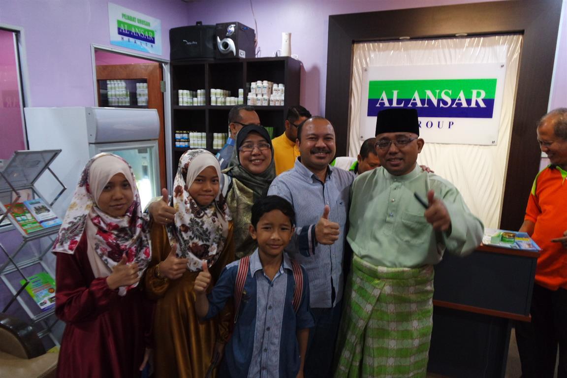 Pelanggan di Al Ansar Health