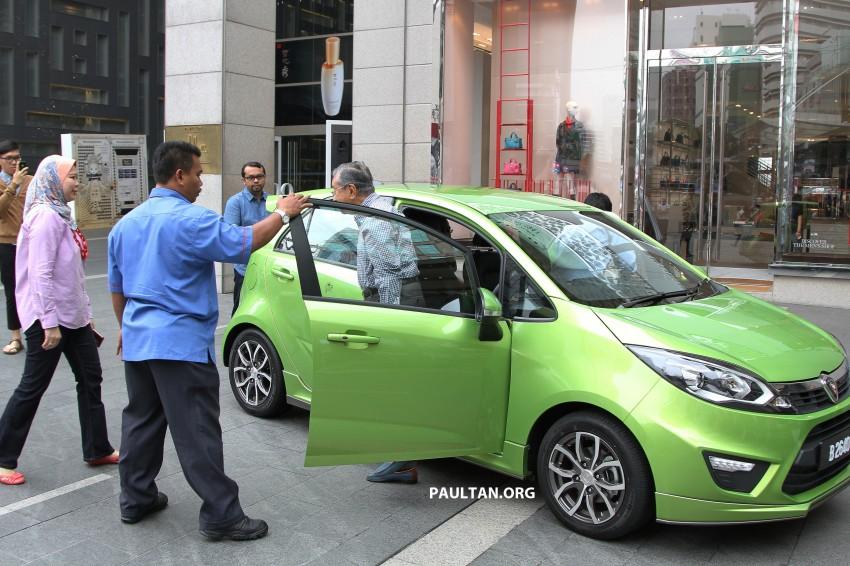 Tun Mahathir keluar dari Proton Iriz