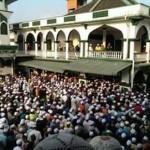 gambar di masjid pulau melaka