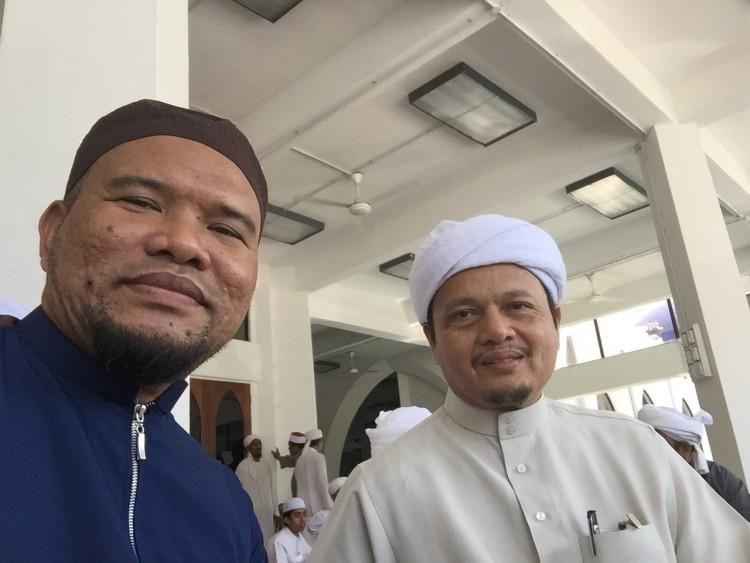 Bersama Ustaz Halim, Mudir Pondok Pasir Tumboh Kelantan