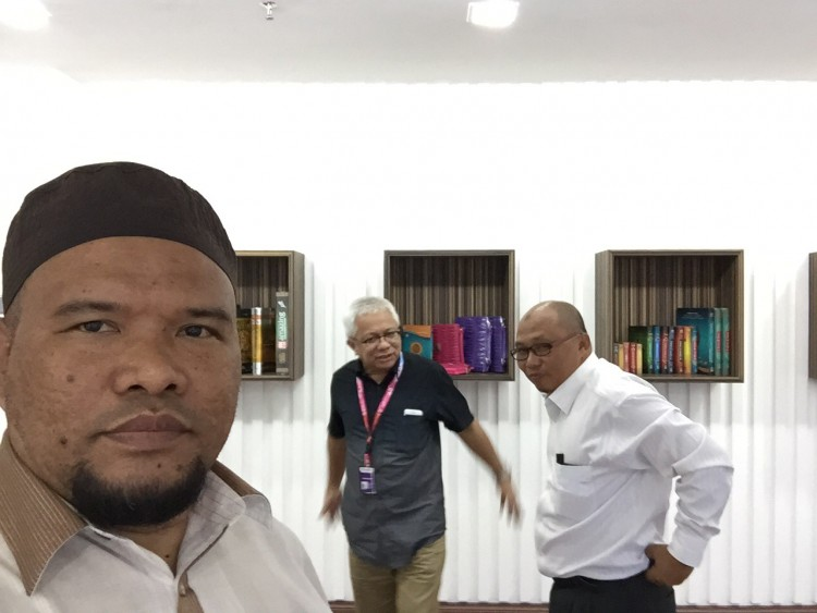 Bersama Datuk Husam CEO Karangkraf