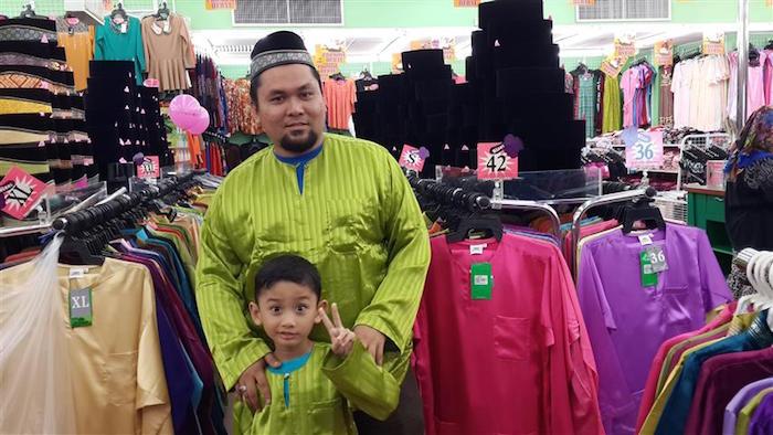 Baju raya anak