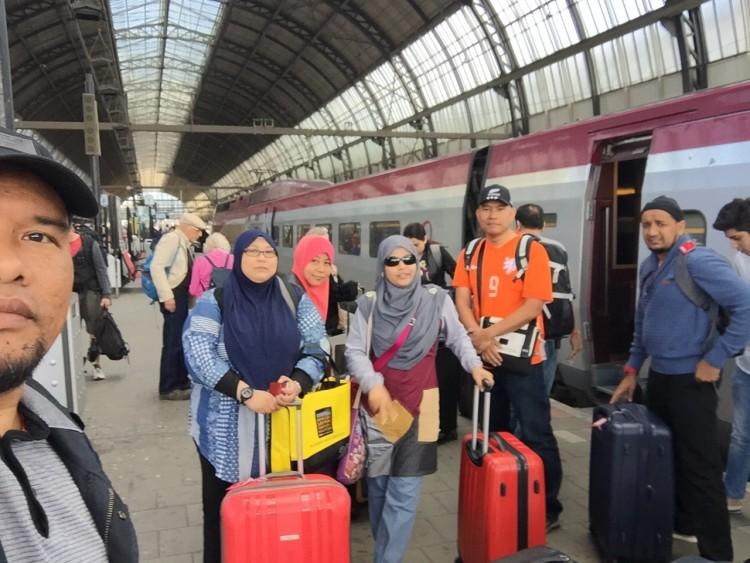 Station Gare De Nord ke Amsterdam