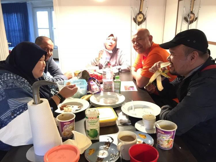 Makan malam di Amsterdam