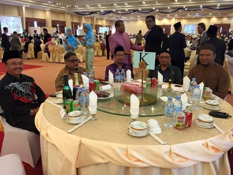 Iftar Cambodia bersama perwakilan Malaysia