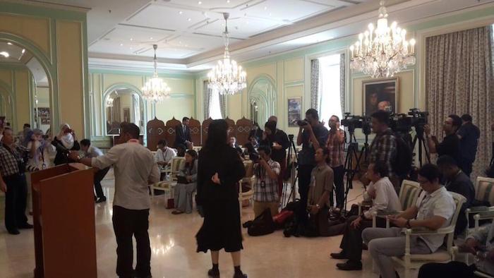 Para wartawan dalam sidang media mengejut mengenai pengumuman rombakan kabinet