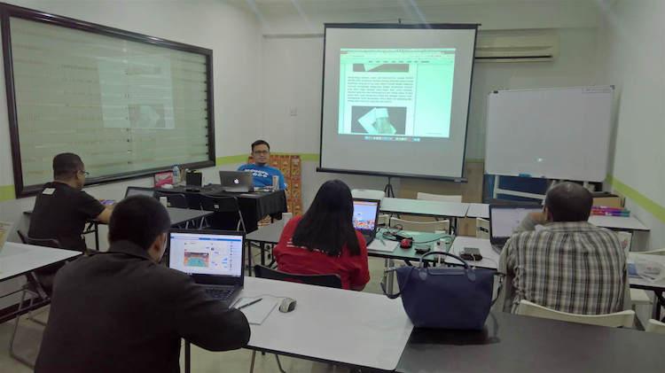 kelas yang diadakan untuk peserta Elite Blogger.