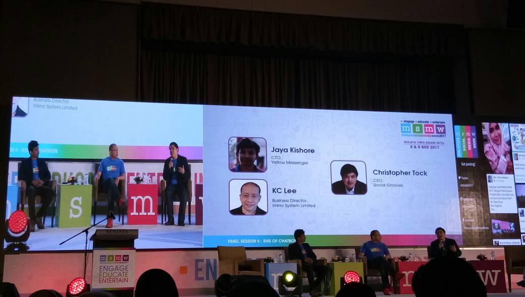 Panel dalam sesi forum yang diadakan dalam Summit MSMW 2017
