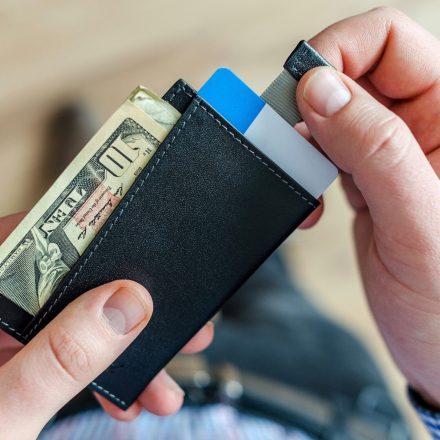 Buat golongan muda, ada 6 Tips untuk menguruskan kewangan dengan bijak