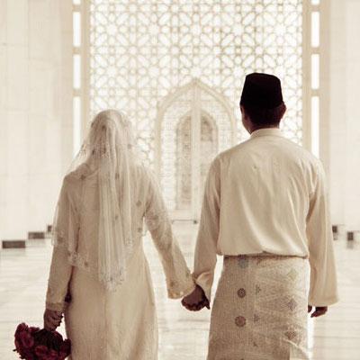 Kenduri kahwin : Betul ke Pengantin sekarang ramai tak solat?