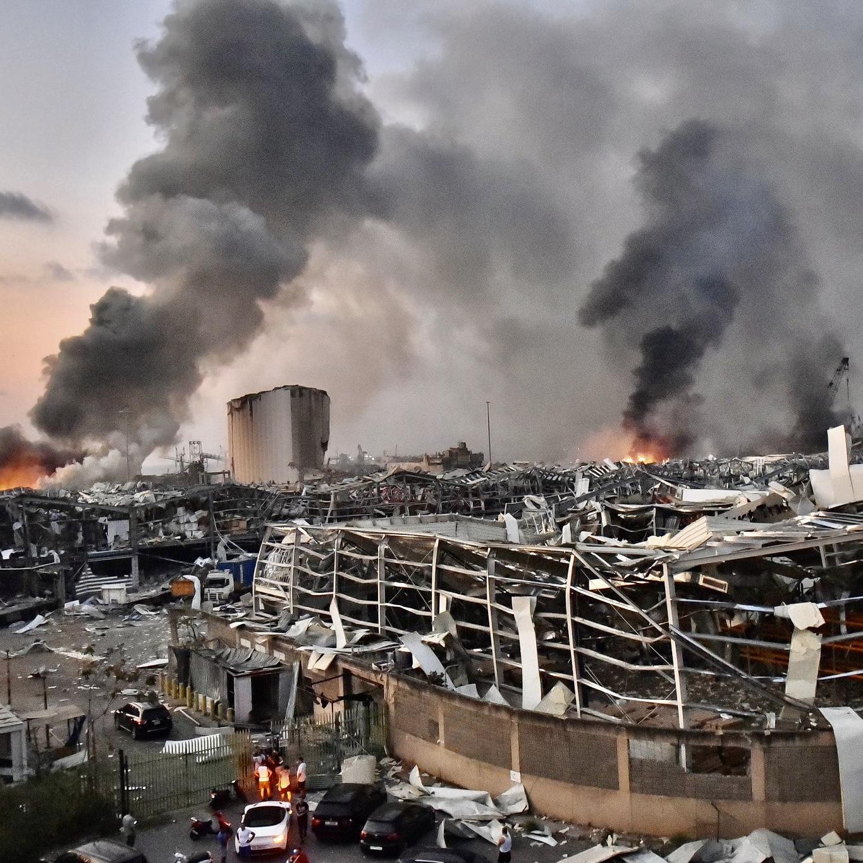 Lebih 200 Yang Maut Dan 300,000 Tiada Tempat Tinggal Akibat Letupan Di Beirut